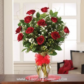 11 Red Roses in a Vase