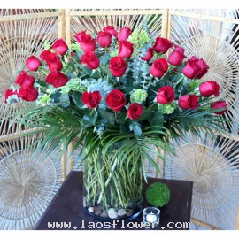 60 Red Roses