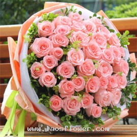 52 Pink Roses Bouquet