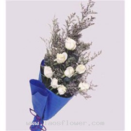 8 White Roses Bouquet