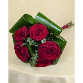 5 Red Roses Hand Bouquet
