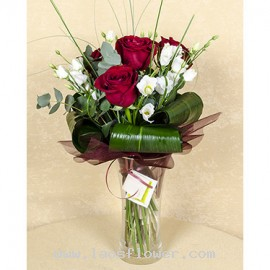 4 Red Roses Bouquet